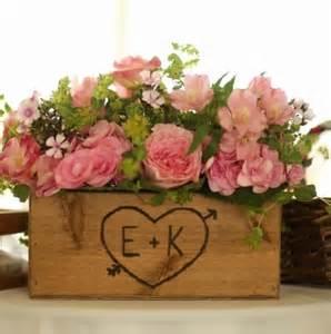 flower box centerpiece wedding rustic wedding wooden box centerpiece flowers by dlightfuldesigns