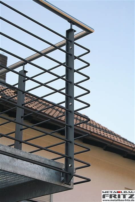 balkongeländer handlauf edelstahl balkongel 228 nder mit edelstahl handlauf 30 07 metallbau fritz