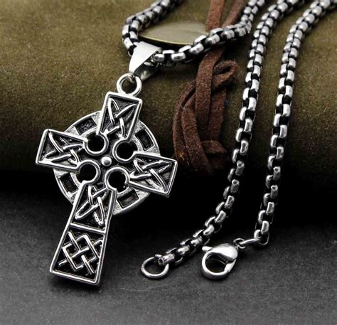 mens 316l stainless steel unique celtic cross pendant