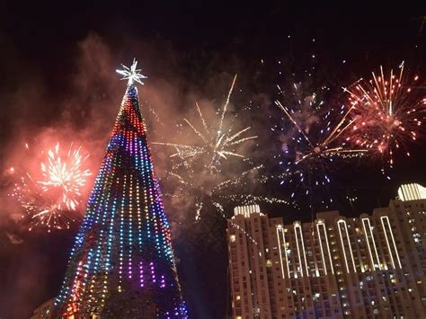 islamists issue fatwa  christmas decorations  indonesia