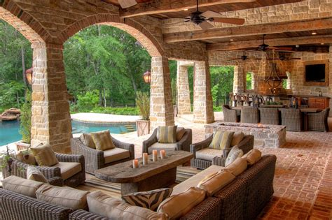 covered outdoor living spaces outdoor living space