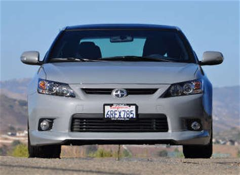 scion xd safety 2014 scion xd safety review and crash test ratings 2017