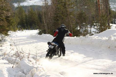 Motorrad Im Winter Draußen by Winter Motorrad Spa 223 In Norwegen The Real Finnskogen