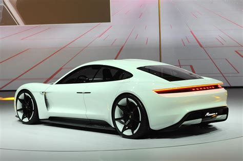 electric porsche porsche stuns frankfurt with all electric mission e sports