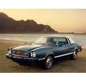 1977 Ford Mustang  Blue Front 1280x960