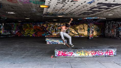 skate london thames sight word sound neo serafimidis