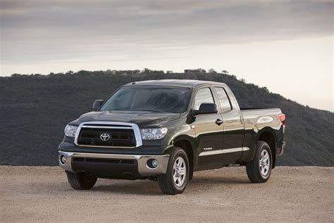 new toyota truck toyota to reveal 2010 tundra pickup at 2009 chicago auto show