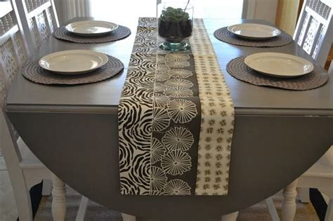 Restain Dining Table Great Tutorial On How To Restain Your Dining Room Table With A Gray Stain It Those