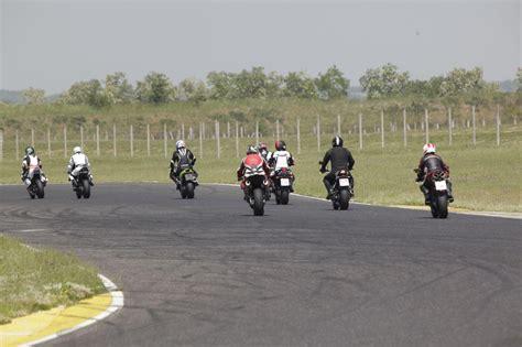 Motorradvermietung Rennstrecke by Rennstrecke Pannoniaring Motorrad Sport