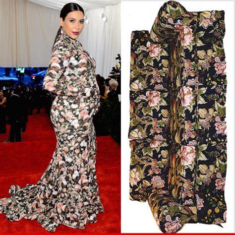 Pregnant Kim Kardashian Looks Sofa King Good Tmz Com