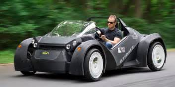 best way to in a new car the world s 3d printed car is a blast to drive