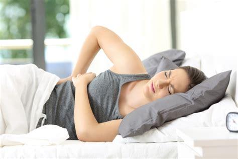 pfeifen beim ausatmen im liegen wie das richtige bett r 252 ckenschmerzen beim liegen vermeidet