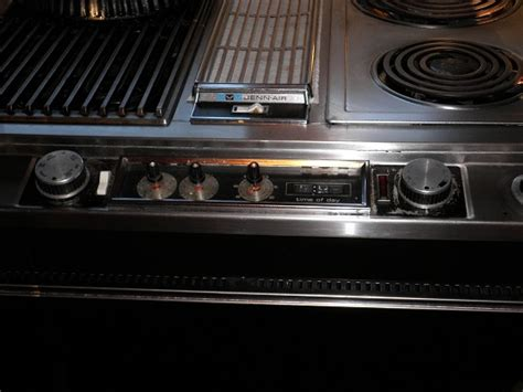 Jenn Air Downdraft Cooktop Replacement Parts Have A Jenn Air Built In 30 Range From The Early 80s On