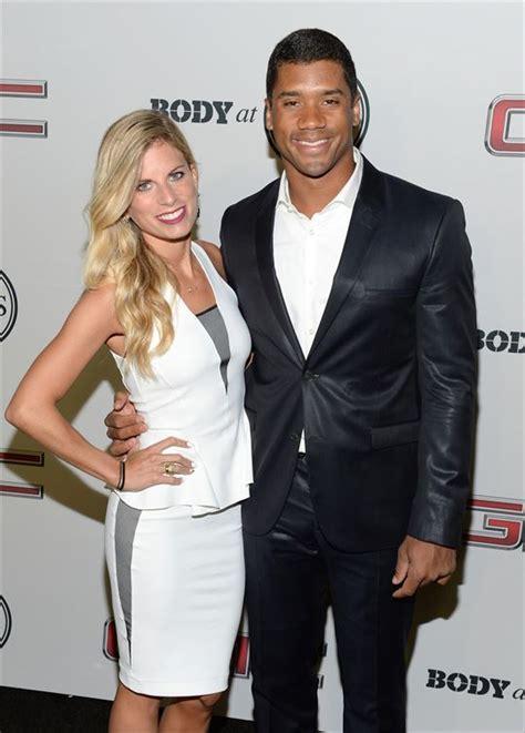 Ashton Meme - upgrade ciara is dating a famous football star he s