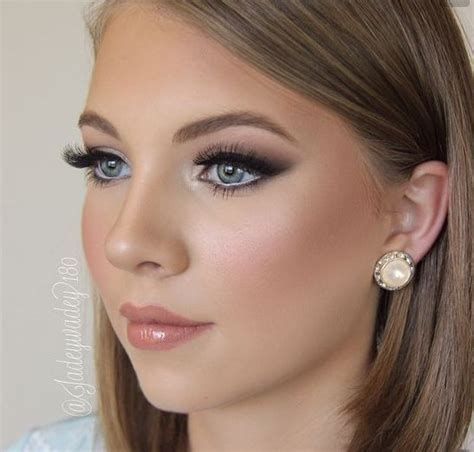 25  best ideas about Airbrush makeup on Pinterest   Bridal