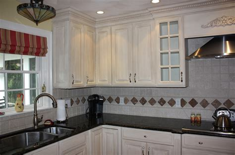 what finish paint for kitchen cabinets glazed kitchen cabinet makeover classic fauxs finishes