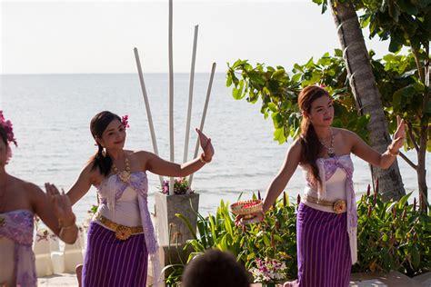 Thai Wedding by Modern Thai Wedding Traditions Inside Weddings