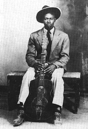 -: BLACK MUSIC - B.B. KING: 'The Blues Boy'