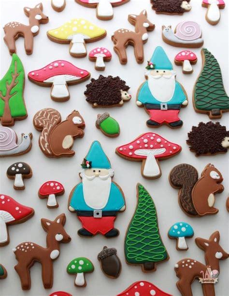 Hedgehog Decorated Cookie Cookie Decorating woodland decorated cookies sweetopia