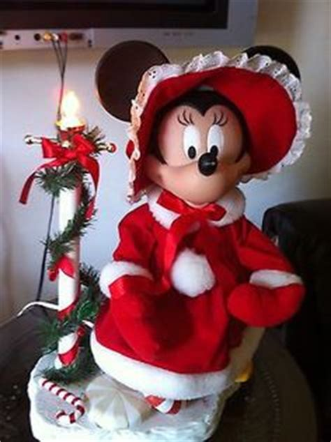 1000 images about disney christmas decorations on