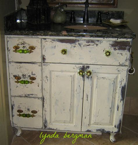 lynda bergman decorative artisan painting distressing a