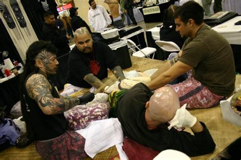 black wave tattoo photo at the body art expo in pomona