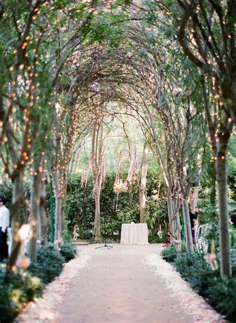 9 wedding lighting trends it girl weddings