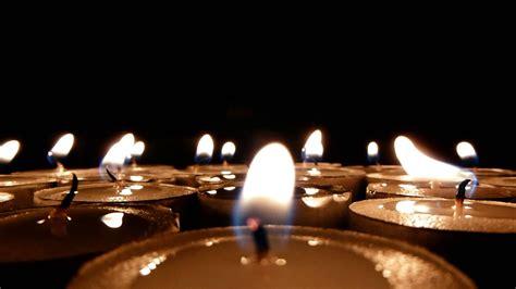imágenes de velas verdes encendidas 2928 velas en la noche encendidas y luego se apagan
