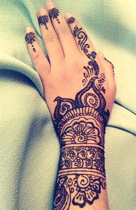 50 beautiful henna tattoos