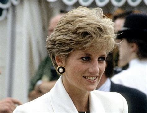 princess diana hairstyles gallery this rare photo of princess diana is making our hearts flutter
