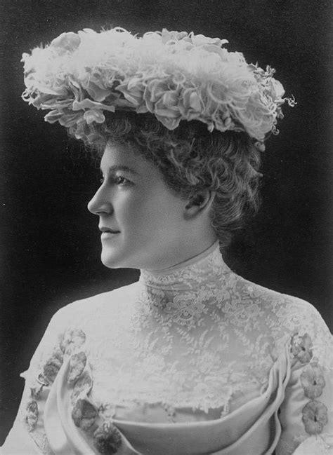 Ella Wheeler Wilcox - Wikipedia