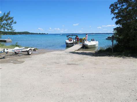 public boat launch torch lake torch river bridge dnr access site michigan water trails