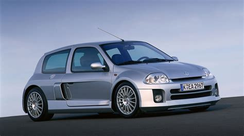 renault clio 2000 2000 renault clio v6 wallpapers hd images wsupercars