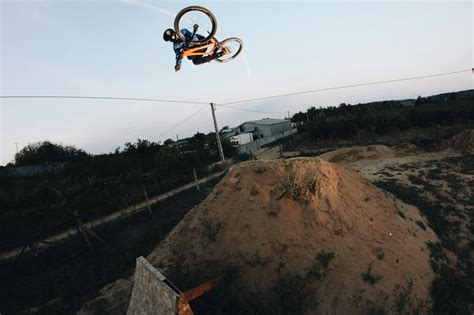 backyard bangers oszkar nagy s backyard bangers video pinkbike
