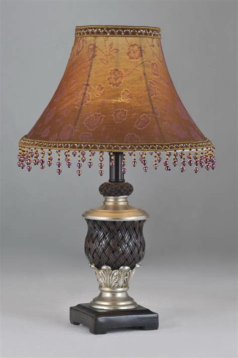 Stores That Sell Chandeliers Second Thrift Stores And Antique Shops Sell Vintage Ls That Can Become An Integral Part