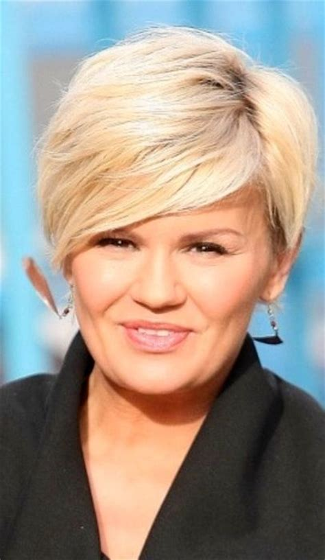 hair styles for a fuller face classic short hair on a full face hair ideas pinterest