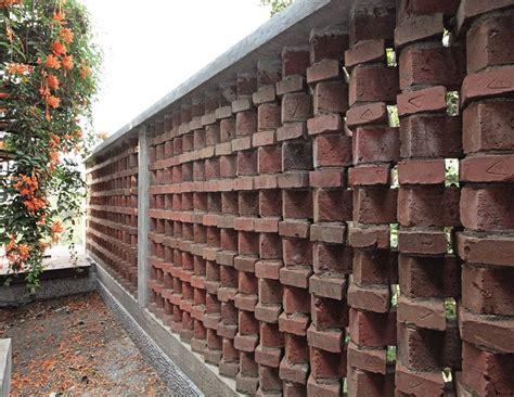 inspirasi desain bata bikin rumah tampil alami