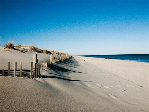 20 east coast beaches that everyone should visit
