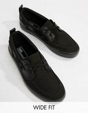 boat shoes asos men s boat shoes men s deck shoes asos