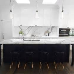 Kitchen Marble Design by Best 25 White Marble Kitchen Ideas On Pinterest Marble