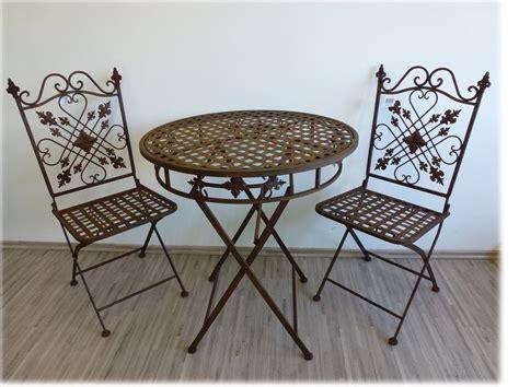 gartenmöbel aus metall und holz gartenm 246 bel set tisch und 2 st 252 hle traum garten