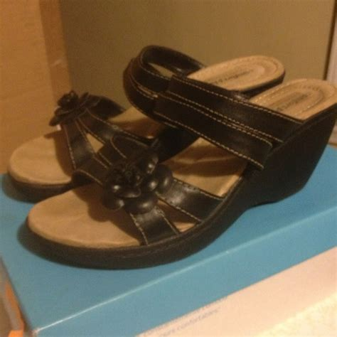 comfort plus by predictions womens sandals 47 off predictions shoes comfort plus black wedge