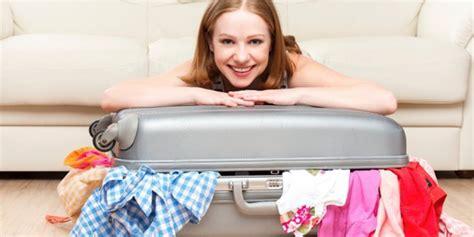 Barang Cengbeng Koper Isi Set fashion trik menyusun isi koper saat liburan dijamin rapi dan barang barang masuk semua