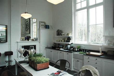 Handmade Kitchens Sussex - bespoke interior design tim jaspar sussex surrey