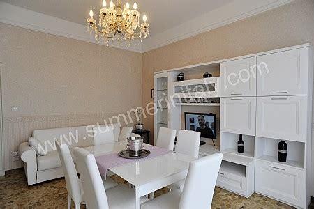 soggiorno con tavolo da pranzo soggiorno piccolo con tavolo da pranzo idee per il