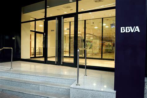 banco bilbao vizcaya oficinas bbva publie un b 233 n 233 fice net en baisse de 1 4 au t2