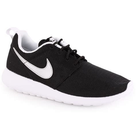 Nike Kid White nike roshe run trainers in black white