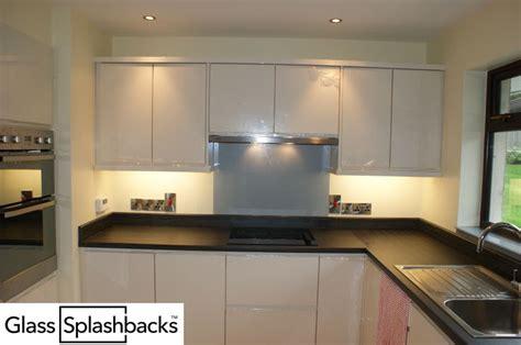 grey patterned splashback 58 best images about white grey black glass splashbacks