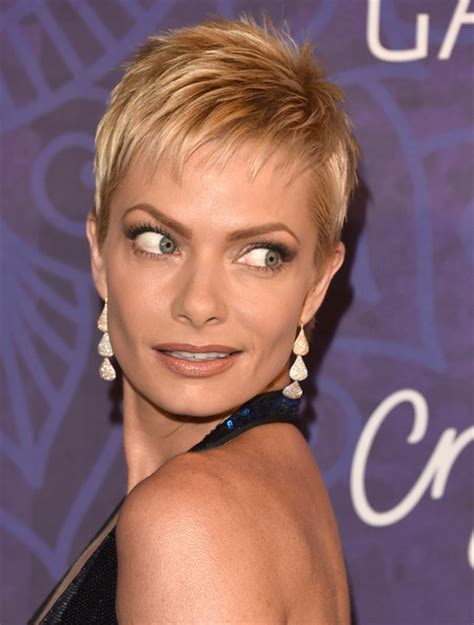 jaime pressly hairstyle for 30 year old anna s hair jaime pressly varietywif emmy nomination party