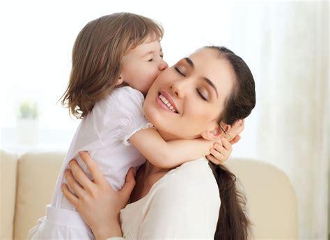 imagenes tiernas mama e hija 拥抱的母女图片素材下载 图片编号 20140110111534 生活人物 人物图库 图片素材 聚图网